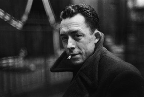 알베르 카뮈, 앙리-카르티에 브레송 Albert Camus, Paris 1947, ©Henri Cartier-Bresson