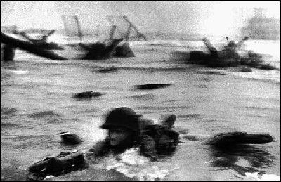 로버트 카파의 노르망디 상륙작전 사진