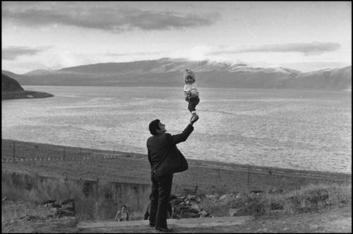 앙리 카르티에 브레송, 아르메니아, 1972년