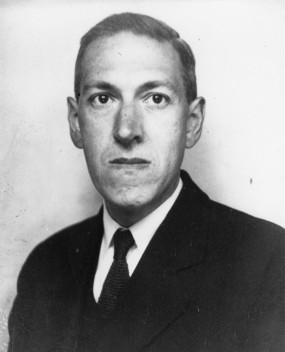 하워드 필립스 러브크래프트 (1890년~1937년)가 창조한 '크툴후' 신화 체계는 수많은 후세 작가들에게 영향을 준다.