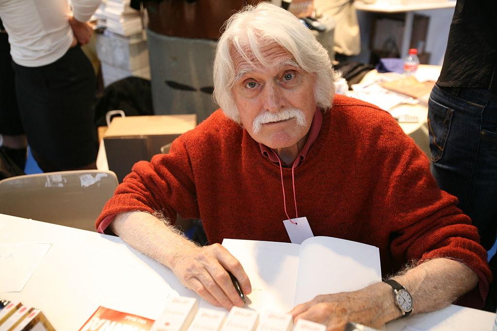 샤를리 엡도의 창간 멤버, 프랑수아 카바나(François Cavanna, 1923 –2014)  http://en.wikipedia.org/wiki/Charlie_Hebdo#mediaviewer/File:Fran%C3%A7ois_Cavanna.jpg