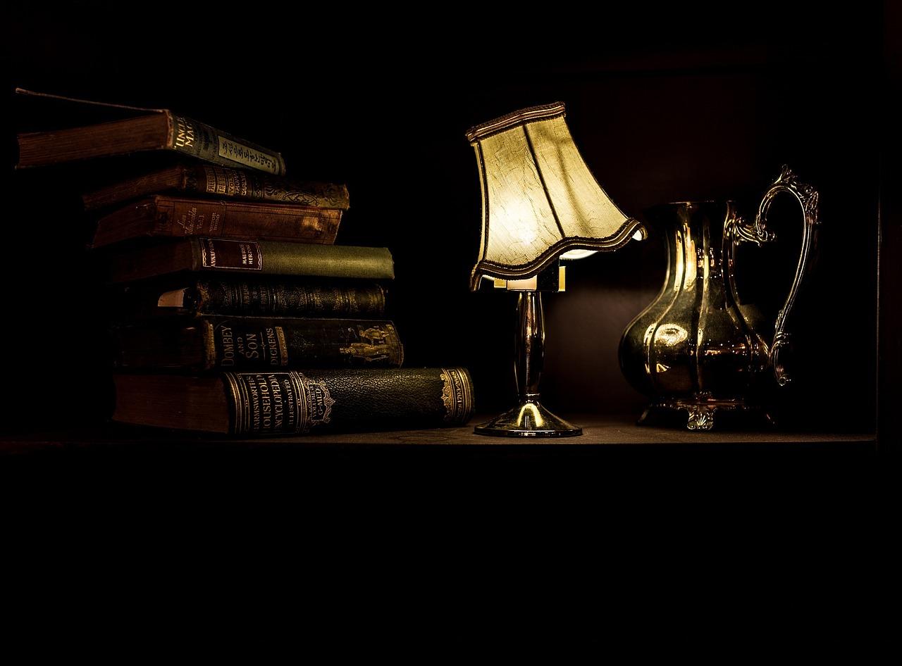책은 인류가 발명한 문명의 총아지만, 인류를 구원하지는 못했다