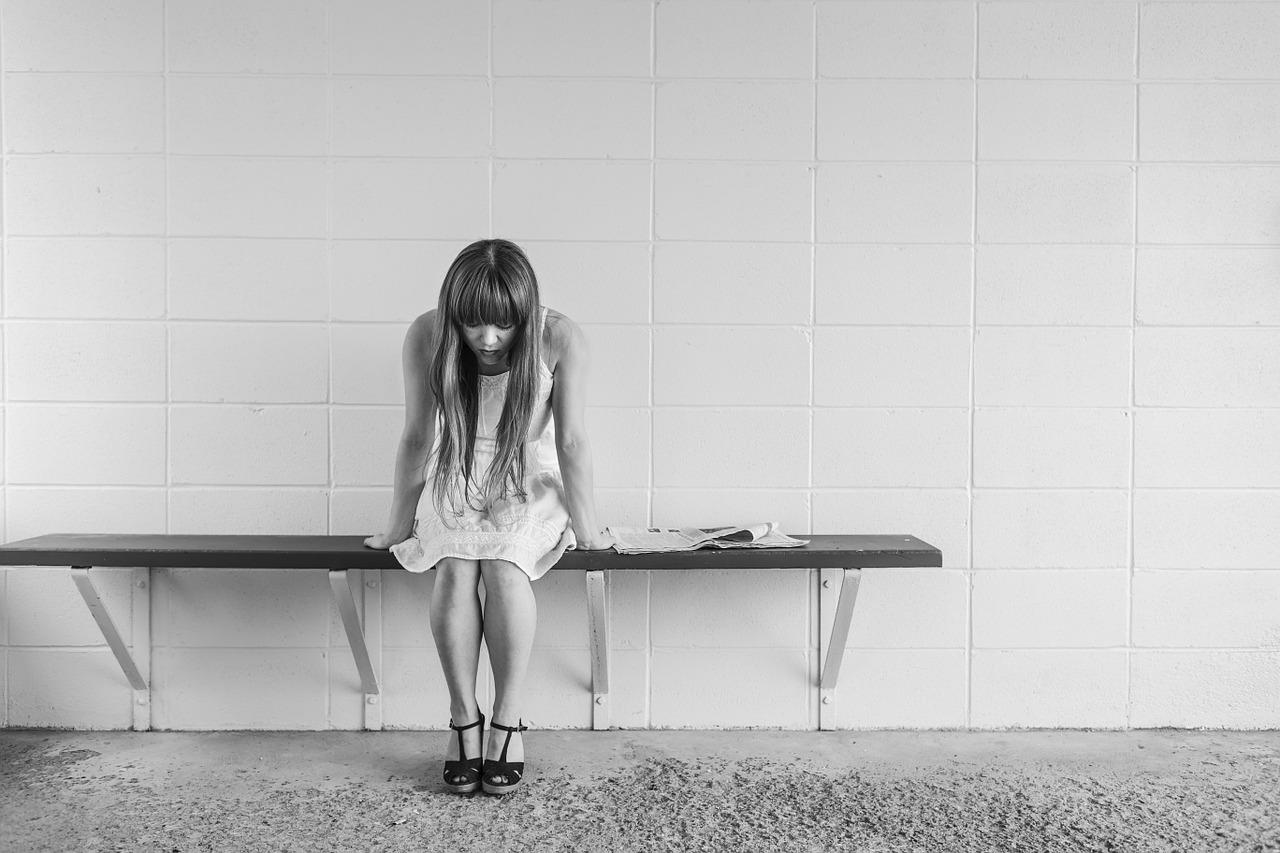 좌절 슬픔 여자 사람 포기 슬픔