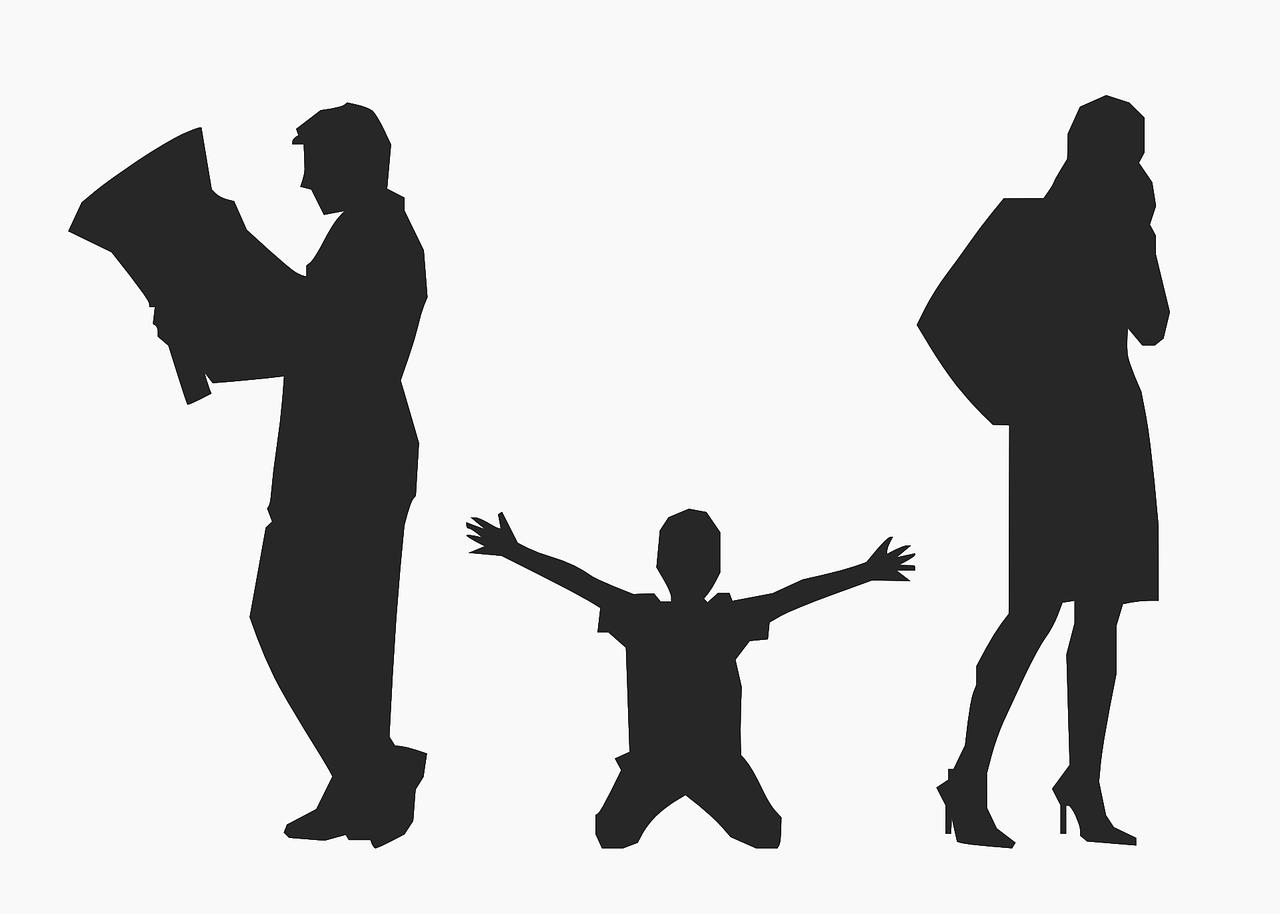 아동은 보호와 보육이 필요하고, 그 책임은 일차적으로 부모에게 있다. 그래서 법은