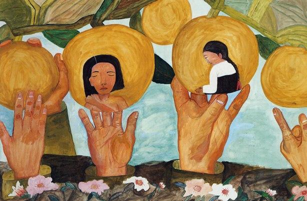 """""""내 나이 열여섯. 일본인 선생님의 강요로 가게 된 근로정신대. 고된 노동과 극심한 배고픔에 친구들이 죽거나 미쳐버리던 어느 날. 도망치다 헌병에게 잡혀 그 길로 군 위안부가 되었다오. 서러운 시절, 힘없이 짓밟혔던 우리를 잊지 말아주오. 그들이 진심으로 사과할 수 있도록 부디 힘을 모아주오."""" - 고 강덕경(1929년~1997년) 할머니의 글과 그림(""""배를 따는 일본군"""")"""