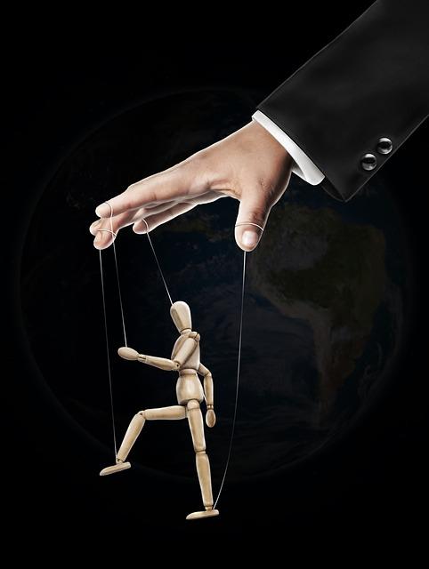 꼭두각시 조종 노예