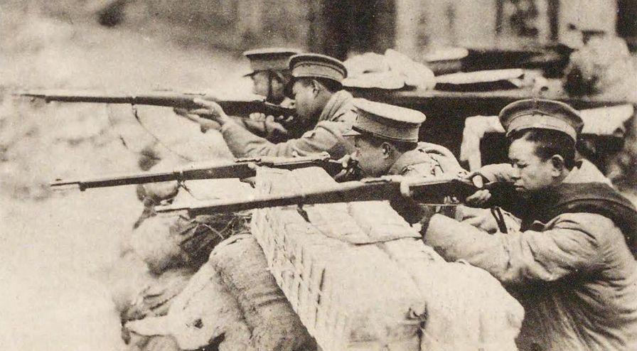 상하이 사변 (1932) 일본군과 교전하는 중국 헌병