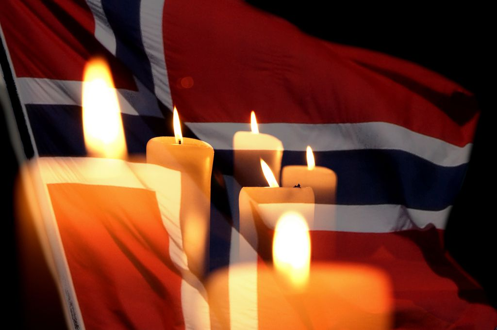 """L.C. Nøttaasen, """"Candles for Norway"""", CC BY https://flic.kr/p/a6dgnr"""