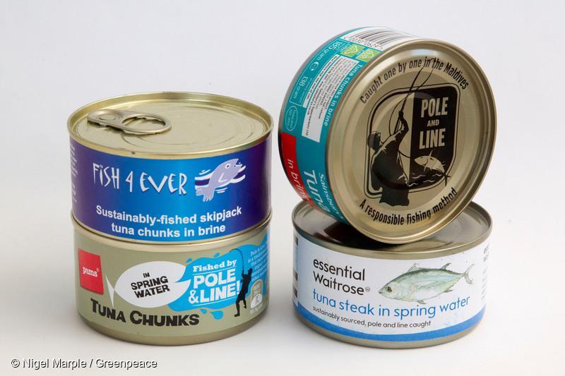 지속 가능한 어업 방식 중 채낚기 방식으로 잡힌 참치를 사용한 통조림들. 국내에서는 한 생협에서 나오는 '착한참치'가 유일.