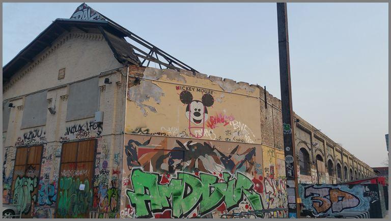 Revalerstraße 99. by love n piss