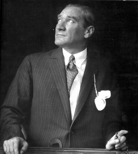 터키 건국의 아버지 무스파타 케말 아타튀르크