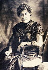 하와이 릴리우오칼라니 Queen_Liliuokalani_1908