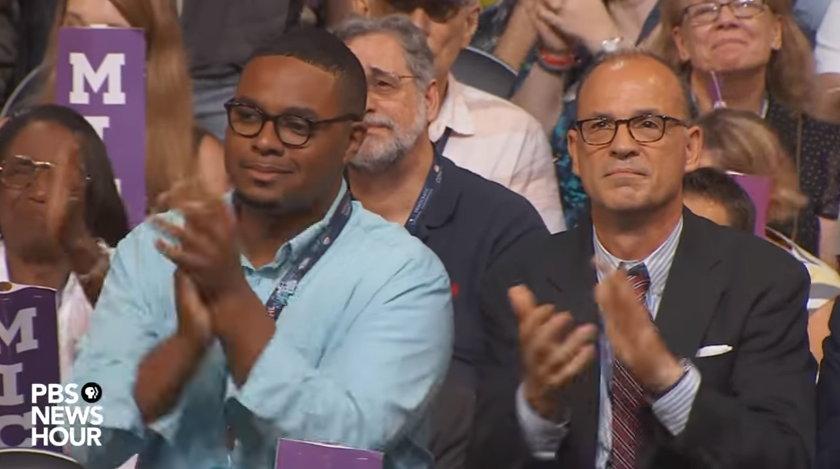감동어린 표정으로 미셸의 연설에 공감을 표하는 청중들 (출처: PBS 'NEWS HOUR') https://www.youtube.com/watch?v=4ZNWYqDU948