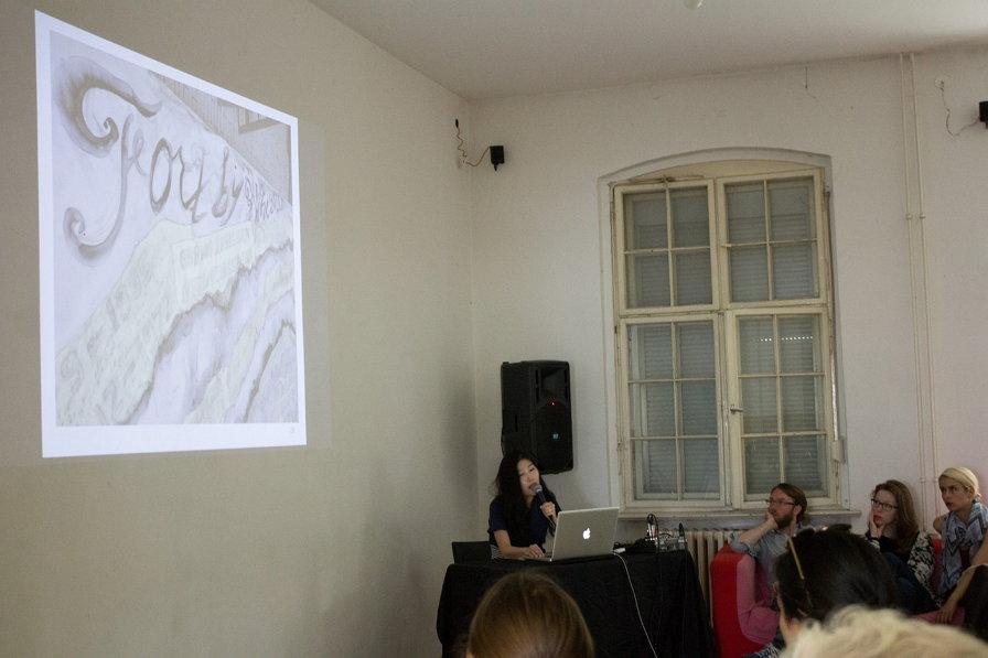 GlogauAIR 레지던시 아티스트 토크 프로그램 참여 모습 (사진 제공: 장경연)
