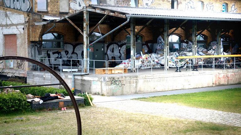 ZK/U 레지던시 외부에 설치된 서해근 작가 작품 모습 (사진 제공: 서해근)