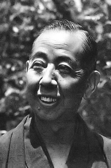 A급 전범 용의자였으나 기소되지 않고 석방되어 총리까지 오른 기시 노부스케(1961년 모습)