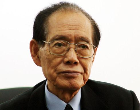 황장엽 (黃長燁. 1923년 2월 17일 ~ 2010년 10월 10일)