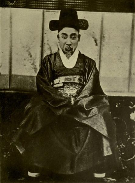 흥선대원군 이하응 (1820년 12월 21일 ~ 1898년 2월 22일)