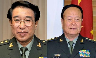 """2014년 """"중국군 부패의 몸통""""으로 지목돼 숙청되는 쉬차이허우(왼쪽)와 궈보슝(오른쪽)"""