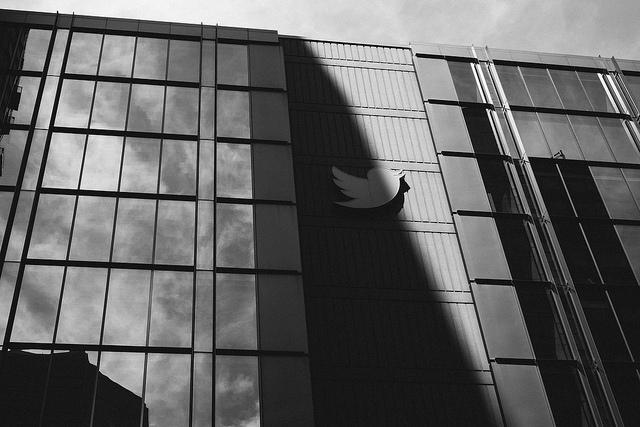 """Zeyi Fan, """"Twitter"""", CC BY NC https://flic.kr/p/USTwGr"""
