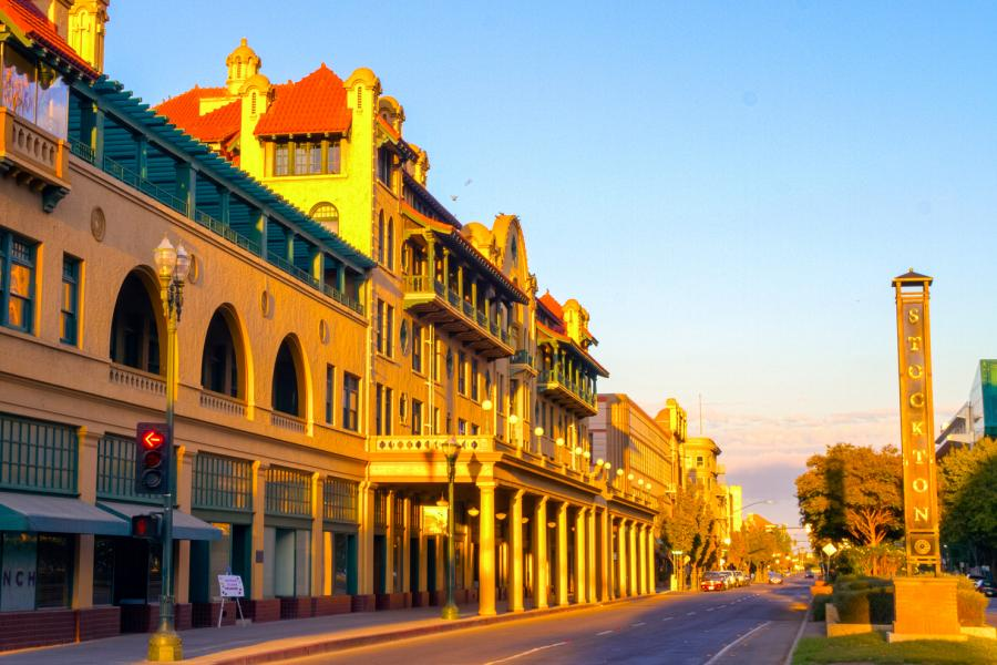 미국 캘리포니아에 위치한 도시 스톡턴도 2018년부터 기본소득에 대한 실험을 준비 중이다.