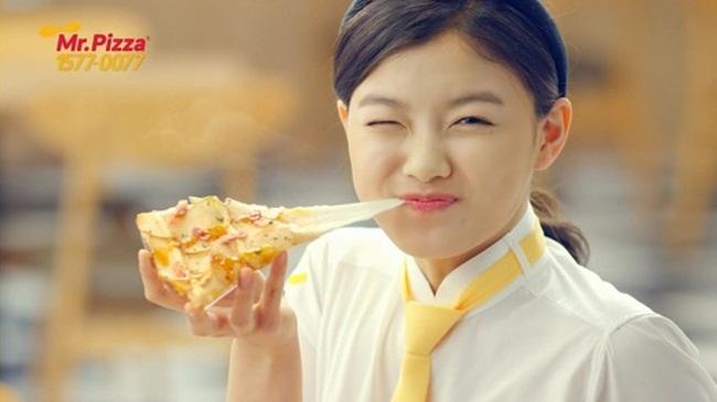 원래는 8만원, 본사에서 공급받으면 '치즈통행세' 2만 원 더! 피자 세계(갑질)챔피언, 미스터피자.
