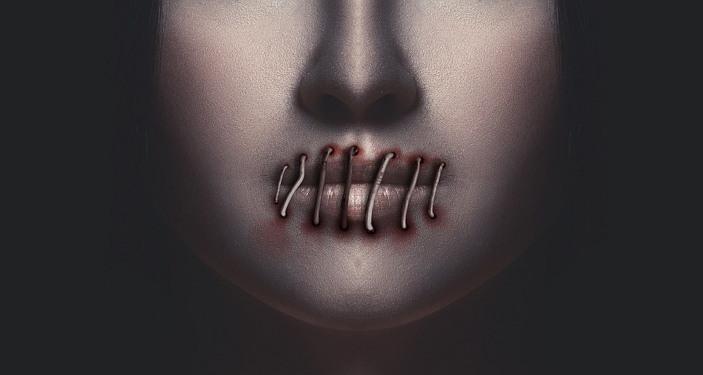 침묵 표현의 자유 여성
