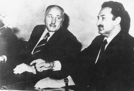 에르바칸(왼쪽)과 뷜렌트 에제비트