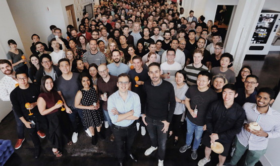 2018년 9월 24일 인스타그램 공식 창구를 통해 '이별'을 발표한 케빈 시스트롬 https://instagram-press.com/blog/2018/09/24/statement-from-kevin-systrom-instagram-co-founder-and-ceo/
