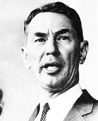 에드윈 올드파더 라이샤워(Edwin Oldfather Reischauer, 1910년 10월 15일 ~ 1990년 9월 1일). 미국의 역사학자이자, 외교관. 선교사의 아들로 일본 도쿄에서 태어났고, 1956년에는 하버드 대학교 옌칭연구소 소장, 1961년에서 1966년까지 주 일본 미국 대사를 지냈다.