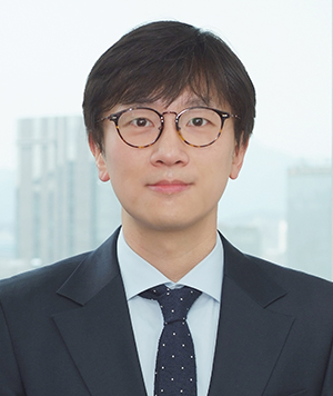 '강제동원' 사건의 피해자 대리인 중 한 명인 임재성 변호사 (출처: 법무법인 해마루) http://www.haemarulaw.com/?page_id=356