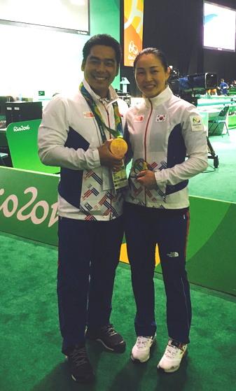 2016 리우 올림픽 당시 동메달을 획득한 윤진희 선수와 함께