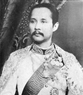 라마 5세 또는 쭐랄롱꼰 대왕(1853년 9월 20일 - 1910년 10월 23일)